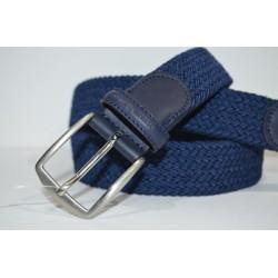 Miguel Bellido: cinturón trenzado elástico azul marino.
