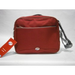 Samsonite: bolso de viaje pequeño.