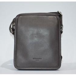 HEXAGONA: Bolso de caballero 21 cm. de piel marrón