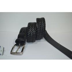 Miguel Bellido: Cinturón trenzado elástico.