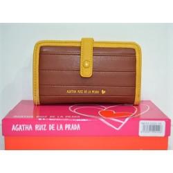 AGATHA RUIZ DE LA PRADA, CARTERA 15 cm.