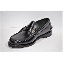 ADOC: Zapato castellano antifaz negro.