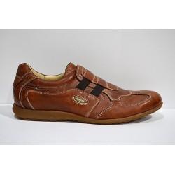 LACAL: Zapato deportivo de piel.