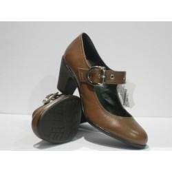 zapato de tacon de piel