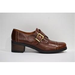 Marroquí Sánchez: Zapato de piel.